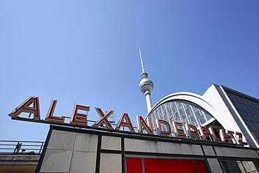 Alexanderplatz train station and Fernsehturm TV tower, Berlin, Germany, Europe
