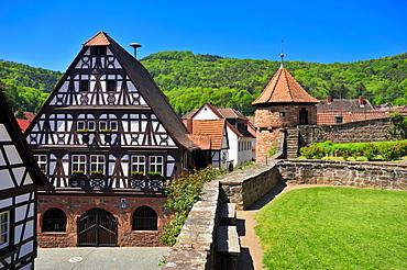 Half-timbered town hall with cemetery fortification, Doerrenbach, Naturpark Pfaelzerwald nature reserve, Palatinate, Rhineland-Palatinate, Germany, Europe