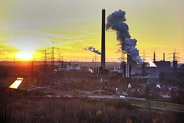 Industrial community, coking plant Prosper, Bottrop, Waste-to-energy-plant Essen-Karnap, RWE Power AG, Essen, Emscher sewage works Bottrop, Ruhr Area, North Rhine-Westphalia, Germany, Europe