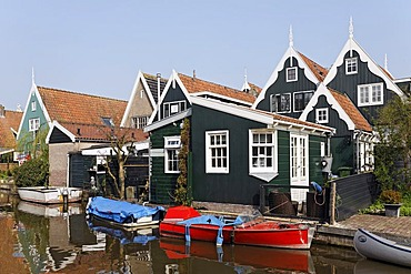 Typical wooden houses from the 17th century at a canal, historic city De Rijp near Alkmaar, Province of North Holland, Netherlands, Europe
