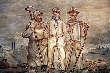 Murals with farmer, steel worker, miners, wage hall and areaway, abandoned mine Zeche Lohberg, ExtraSchicht, Dinslaken, Ruhrgebiet region, North Rhine-Westphalia, Germany, Europe