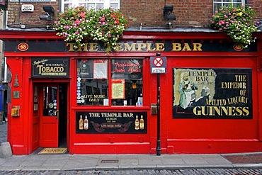 Temple Bar, pub, Temple Bar area, Dublin, Ireland