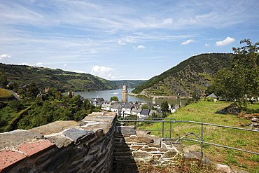Martinskirche plateau, view of the city tower of Oberwesel and Rhine River, Upper Middle Rhine Valley, Rhineland-Palatinate, Germany, Europe