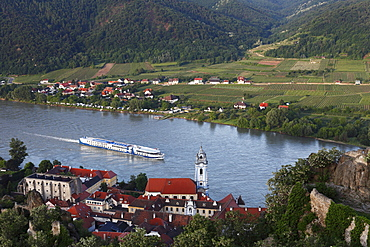 Duernstein, cruise ship on the Danube river, Wachau region, Lower Austria, Austria, Europe