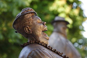 Bronze sculptures by Manfred Deix in front of the Karikaturmuseum caricature museum, art mile in Krems, Wachau region, Lower Austria, Austria, Europe