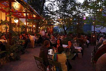 Beer garden of the Glacis Beisl Restaurant, Museumsquartier district, Vienna, Austria, Europe