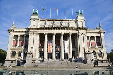 Koninklijk Museum voor Schone Kunsten Antwerpen, KMSKA, Royal Museum of Fine Arts, Antwerp, Belgium
