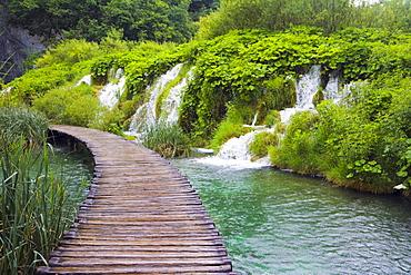 Path at Plitvicka Jezera, Plitvice Lakes National Park, Lika-Senj, Croatia, Europe