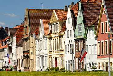 Glueckstadt, heritage-protected row of houses at the inland port, Steinburg district, Schleswig-Holstein, Germany, Europe