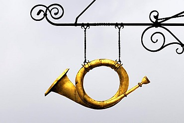 Horn as a pub sign in the historic town centre of Schwaebisch Hall, Schwaebisch Hall district, Baden-Wuerttemberg, Germany, Europe