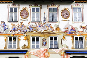 Facade decorated with mural paintings called Lueftlmalerei at an inn in Oberammergau, district of Garmisch-Partenkirchen, Bavaria, Germany, Europe