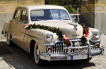 Chrysler DeSoto Custom 4 door sedan, 1949, decorated as a wedding car, Eckental, Middle Franconia, Bavaria, Germany, Europe