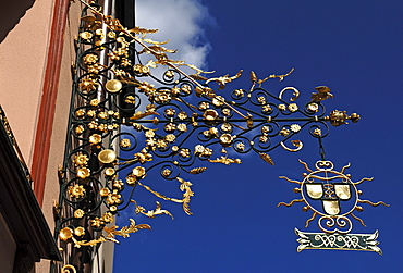 Ornate hanging sign of a craft business, Nuremberg, Middle Franconia, Bavaria, Germany, Europe