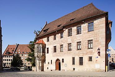 Sebalder Pfarrhaus parsonage with Choerlein oriel window, build 1361-1379, Gothic, old town, Nuremberg, Middle Franconia, Franconia, Bavaria, Germany, Europe