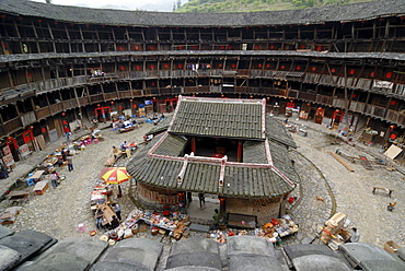 Round House, Chinese: Tulou, with ancestral temple, round adobe building of the Hakka minority, Ta Xia de Yuan Building, Hukeng, Fujian, China, Asia