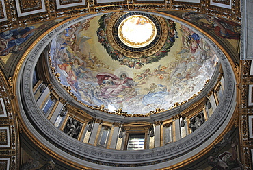 Dome, St. Peter's Basilica, historic city centre, Vatican City, Italy, Europe