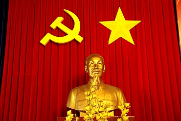 Ho Chi Minh Statue in the Reunification Palace, former government building of the South Vietnamese government, Ho Chi Minh City, Saigon, Vietnam, Asia