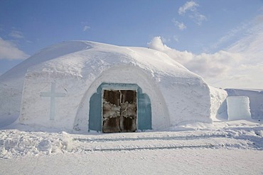 Chapel belonging to the ice hotel, Jukkasjaervi, Lappland, Northern Sweden