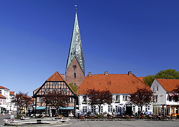 Market place with business houses and historic church of St. Michaelis, Eutin, Schleswig-Holstein, Germany, Europe