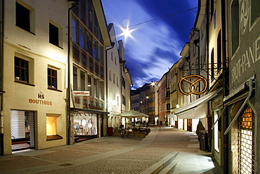 Town alley, Bruneck, Val Pusteria, Alto Adige, Italy, Europe
