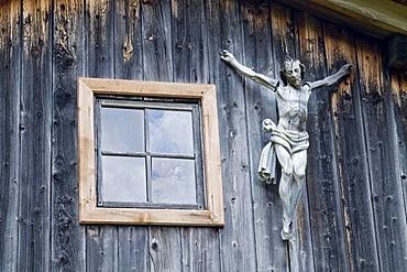 Crucifix, mountain lodge in Dorfertal, Austria, Europe