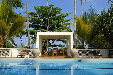 Swimming pool, Surya Lanka Beach Resort Ayurveda Spa, Talalla, Ceylon, Sri Lanka, South Asia, Asia