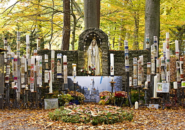 Mary pieta, Catholic pilgrimage site, miraculous image of the Painful Mother of God, candles, Ziemetshausen, In den Stauden, Swabia, Bavaria, Germany, Europe