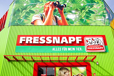 Entrance with the logo of a store of the Fressnapf Tiernahrung GmbH company Neutraubling GmbH, Bavaria, Germany, Europe