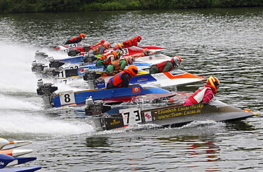 14 boats staring in Brodenbach on the Moselle river on a run to the European Championship in the class OSY 400, Brodenbach, Rhineland-Palatinate, Germany, Europe
