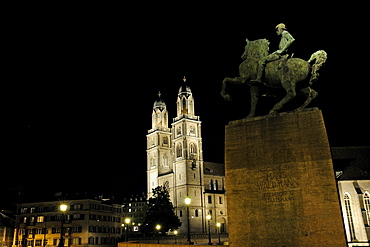 Statue of Hans Waldmann, the towers of the Grossmuenster Church at back, landmark of the city, Zurich, Switzerland, Europe