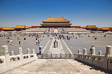 Crowd in front of the Gate of Supreme Harmony, Forbidden City, Beijing, China, Asia