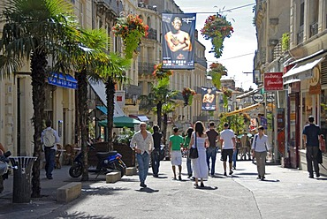Pedestrian mall, historic city centre, Montpellier, Languedoc-Roussillon, France, Europe
