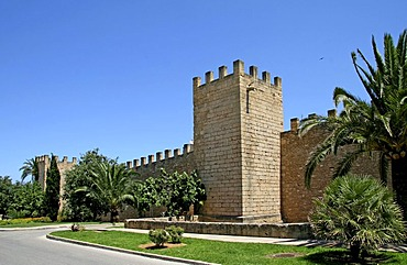 City wall, historic town centre, Alcudia, Majorca, Balearic Islands, Spain, Europe