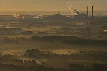 Sunrise over the VEBA-Oel AG company and the Scholven power station, aerial photo, Dorsten, Ruhrgebiet, North Rhine-Westphalia, Germany, Europe