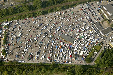 Aerial picture, car trade, market for second-hand cars on the Borbecker drive-in cinema grounds, Essen, Ruhr area, North Rhine-Westphalia, Germany, Europe