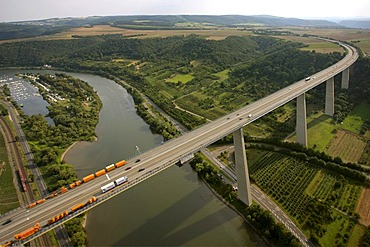 Aerial view, Moseltalbruecke, Moselvalley bridge, motorway bridge, motorway A61, Winningen, Koblenz, Rhineland-Palatinate, Germany, Europe