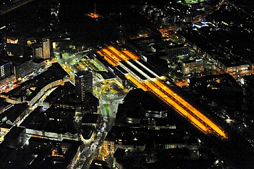 Aerial photo, night shot, Christmas market, city center and train station, Bochum, Ruhr Area, North Rhine-Westphalia, Germany, Europe