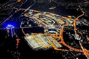 Aerial picture, night shot, Centro, Neue Mitte, ECE, Koenigpilsen Arena, Oberhausen Arena, gasometer, christmas market, Oberhausen, Ruhr area, North Rhine-Westphalia, Germany, Europe