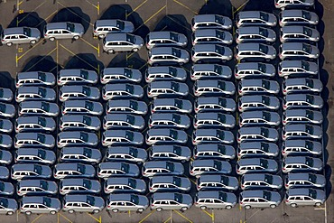 Aerial photo, OPEL Werk 1 Laer, Opel car factory plant 1, parking lot for new ZAFIRA cars before delivery, Bochum, Ruhr district, North Rhine-Westphalia, Germany, Europe