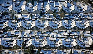 Hessler Zechensiedlung Klappheckenhof, settlement for mine workers, snow, Gelsenkirchen, Ruhr Area, North Rhine-Westphalia, Germany, Europe