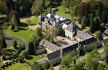 Aerial photo, Herdringen Castle, Tudor castle, Arnsberg, Hochsauerlandkreis, Sauerland, North Rhine-Westphalia, Germany, Europe