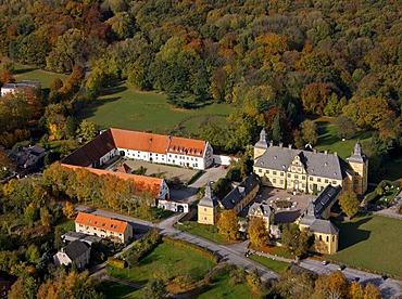 Aerial photo, boarding school, baroque Castle Eringerfeld, Geseke, Soest District, Soester Boerde, South Westphalia, North Rhine-Westphalia, Germany, Europe