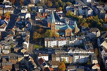 Aerial photo, Catholic parish church St. Aloysius, Iserlohn, Maerkischer Kreis, Sauerland, North Rhine-Westphalia, Germany, Europe