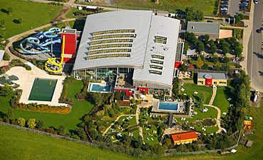Aerial photo, Erlebnisbad Aquamagis water park, Lenne river, Plettenberg, Maerkischer Kreis, Sauerland, North Rhine-Westphalia, Germany, Europe