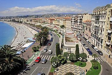 Beach and seaside promenade, Promenade des Anglais, Nice, Alpes-Maritimes, Provence-Alpes-Cote d'Azur, Southern France, France, Europe