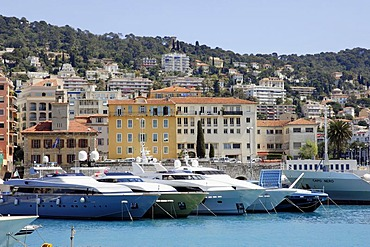 Ships at harbour, Nice, Alpes-Maritimes, Provence-Alpes-Cote d'Azur, Southern France, France, Europe / yacht