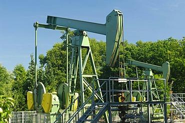 Oil feed pumps in Allermoehe, Hamburg, Germany, Europe