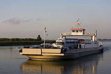 Elbe River ferry sailing from Glueckstadt in Schleswig-Holstein to Wischhafen in Lower Saxony, Germany, Europe