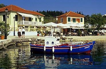 Boat in the harbour of Fiskardo, Island of Kefalonia, Greece, Europe