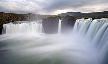 "Waterfall Godafoss ""Waterfall of the gods"", Skjalfandafljot River, fiingeyjarsveit community, Iceland, Europe"